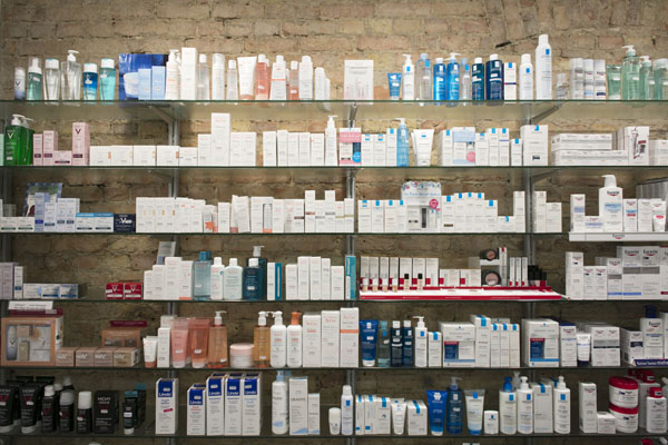 Kosmetik - Sortiment Kur-Apotheke Berlin Mehringdamm
